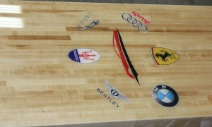 Custom-Logo-Shuffleboard-Racing-Car