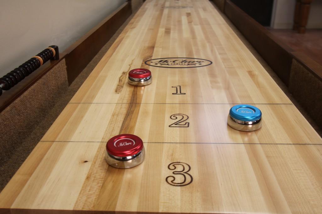 shuffleboard-table-alignment-adjusting-level