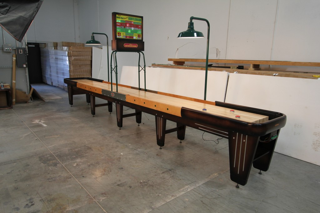 Mcclure Tables The Jacobus Rock Ola Shuffleboard Table